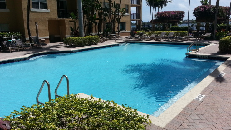 Flagler Pointe Ground Level Pool